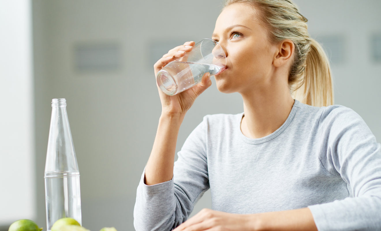The Health Benefits Of Drinking Water Before Going To Bed - Attachment  Research